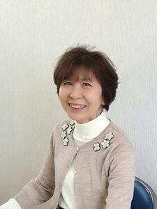 専務取締役 青木佳誉子